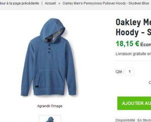 Pas cher à nouveau sur zavvi, pour un vetement de marque   Un sweat pour  hommes de la marque OAKLEY à 18€ seulement … 809432197ac4